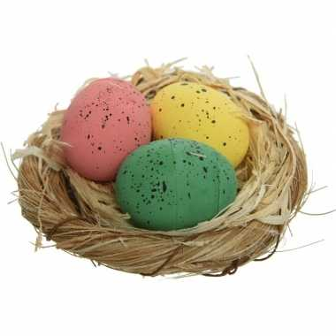 12x decoratie roze/groen/gele eitjes in nest 9 cm