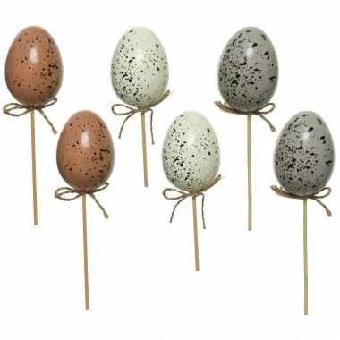 6x kunststof vogel eieren/paaseieren op steker 36 cm